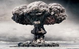 nuclear-explosion-cloud